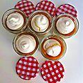 Dessert improvisé : meringue émiettée/yaourt grecque/compotée d'abricots/meringue