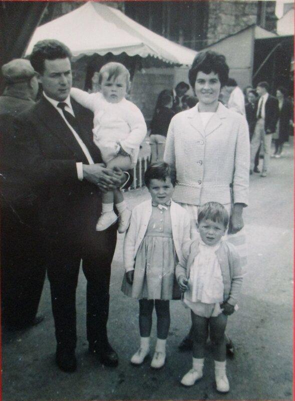 1960 Laou et Yvette et 3 enfants