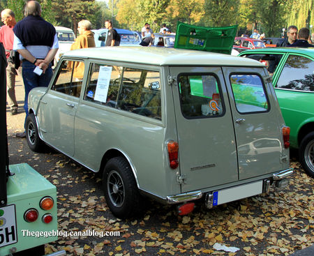 Morris_mini_minor_traveller_de_1964__Retrorencard_octobre_2011__02