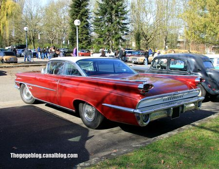 Oldsmobile super 88 scenic hardtop coupe de 1959 (Retrorencard avril 2012) 02