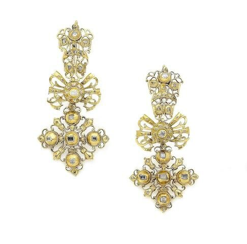 A pair of diamond pendent earrings, Portuguese, 18th century
