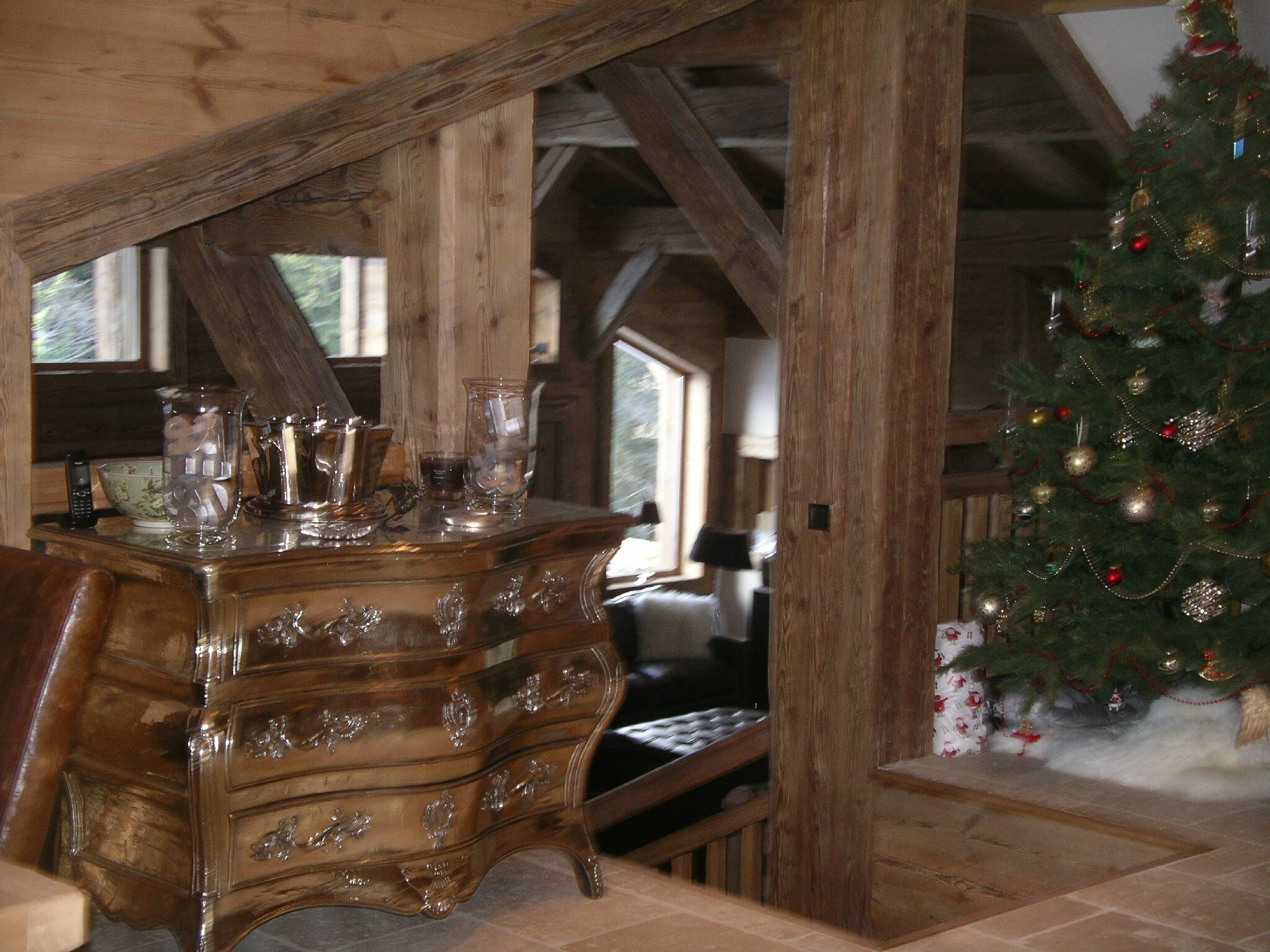 imgp0550 photo de agencement interieur d 39 un chalet savoyard le gecko ebenisterie agencement. Black Bedroom Furniture Sets. Home Design Ideas