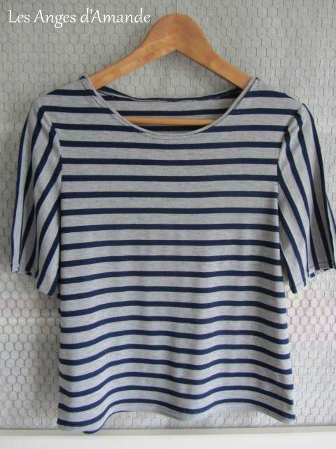 tee-shirt rayé gris-bleu