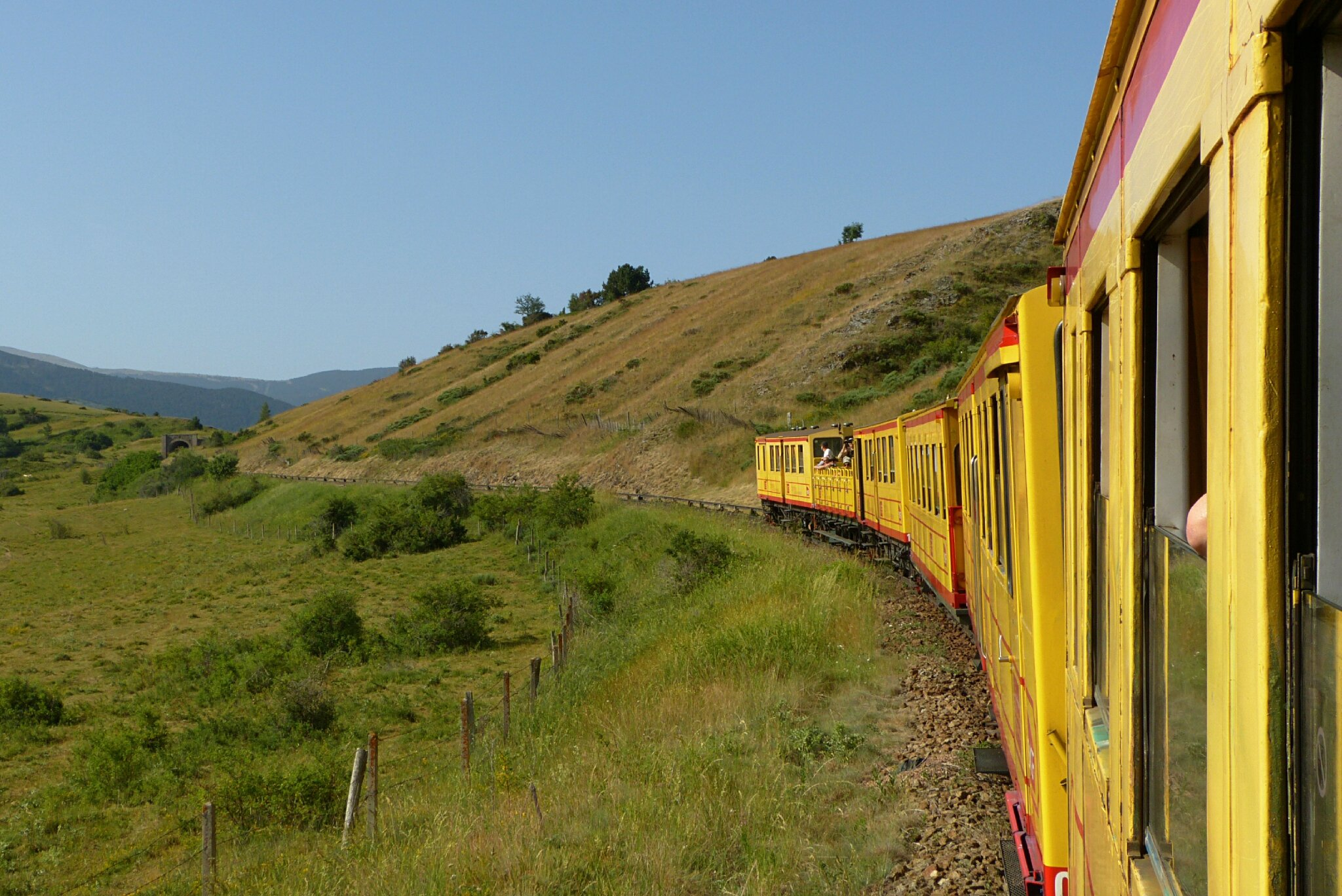 070715_train-jaune-saillagouse-font-romeu5