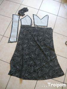petite_robe_imprim_e_noire