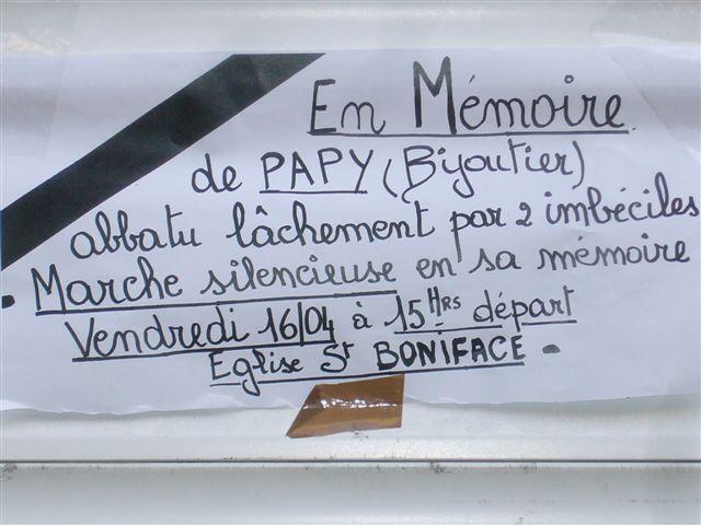 Marche en l'honneur de Papy Simon le Bijoutier de Matonge assass