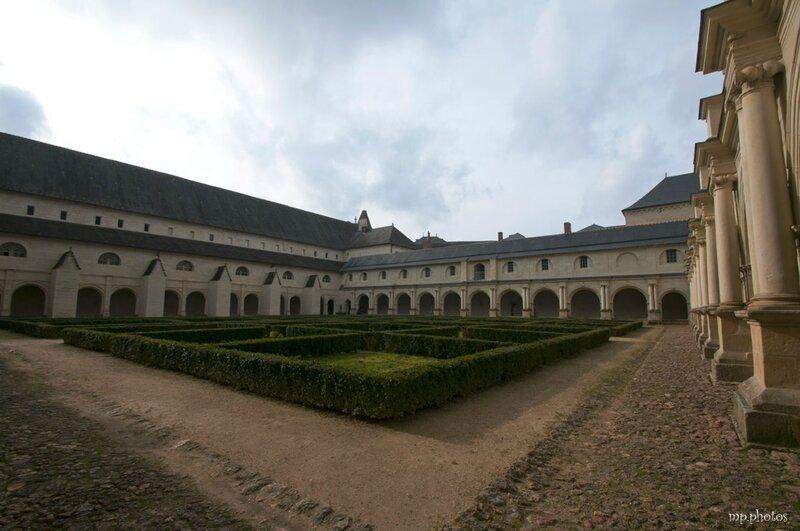 abbaye-de-Fontevraud-3