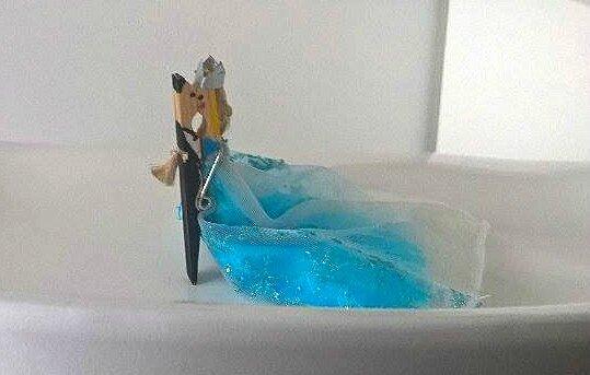 reine-des-neiges-bricolage-pince-à-linge-activité-manuelle-fille (2)