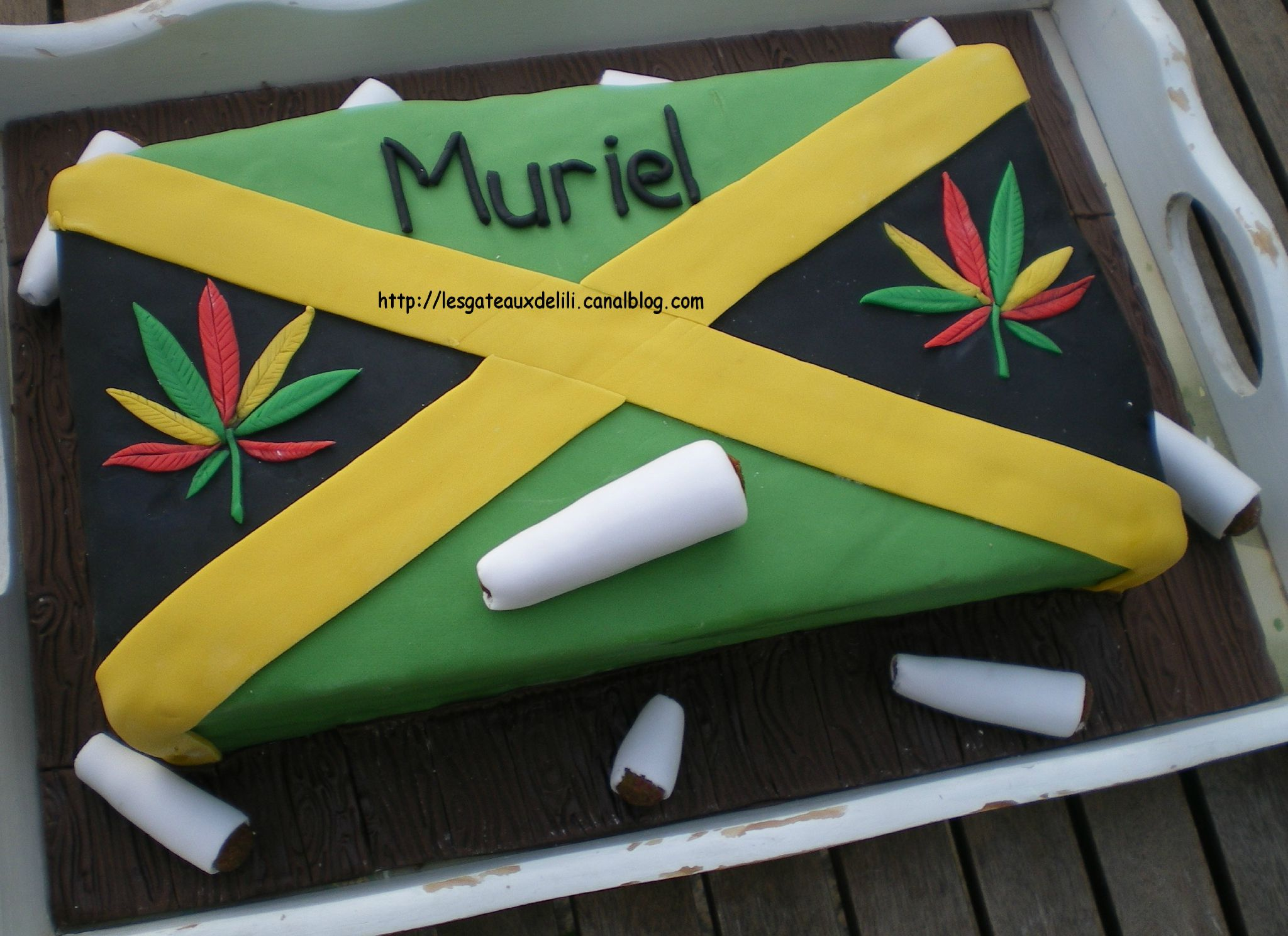 decoration gateau weed