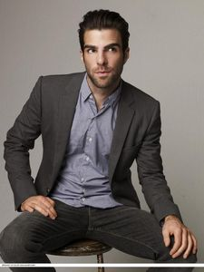 Zachary_Quinto_zachary_quinto_5320398_600_799