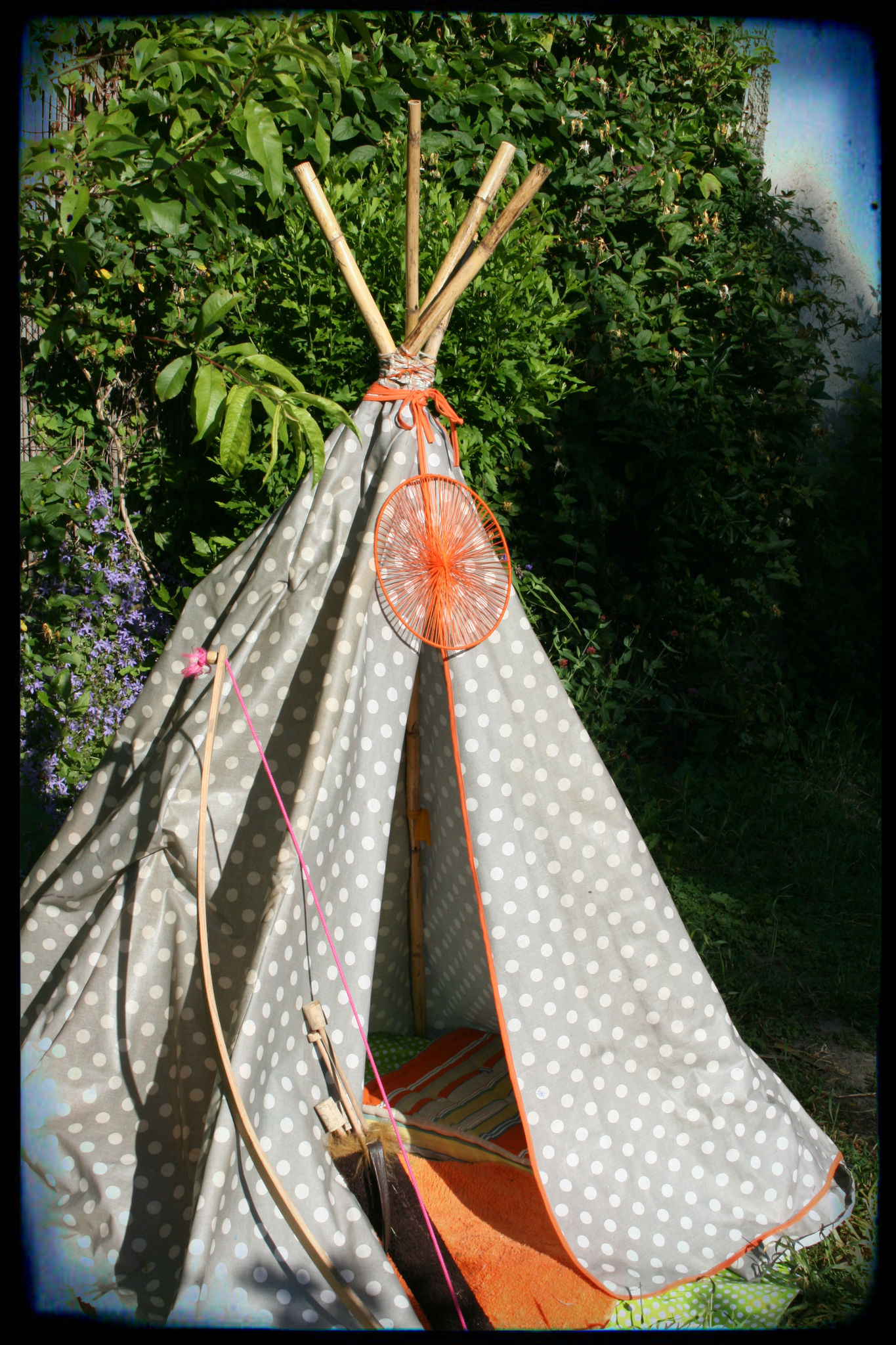 le tipi de titi le petit indien un indien dans mon jardin mathilde marie made. Black Bedroom Furniture Sets. Home Design Ideas