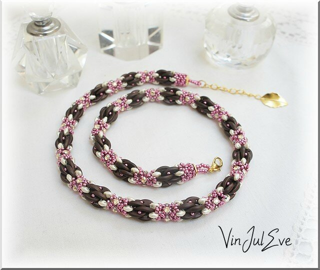 collier Daska Marron rose ecru
