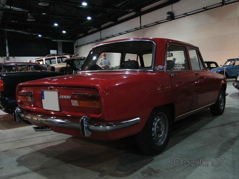 alfa-romeo-2000-berlina-1972-b