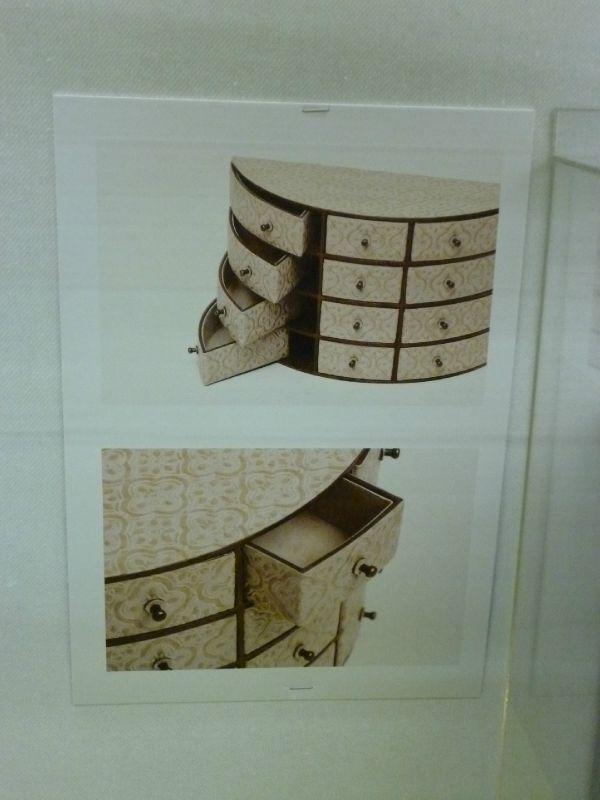 exposition eclat de verre doigts de f e. Black Bedroom Furniture Sets. Home Design Ideas