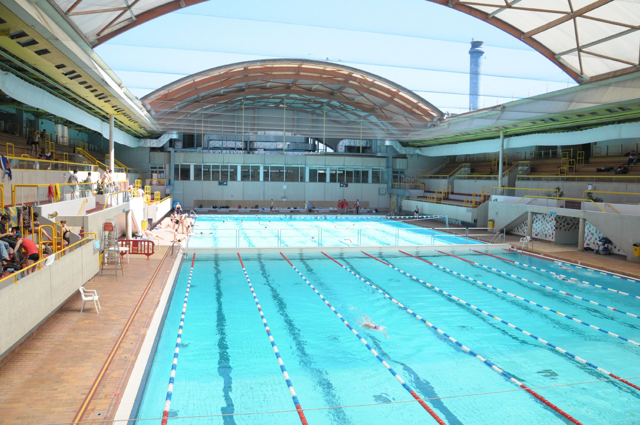 20 bonnes raisons d 39 adh rer au cercle du marais cercle for Aquagym piscine paris