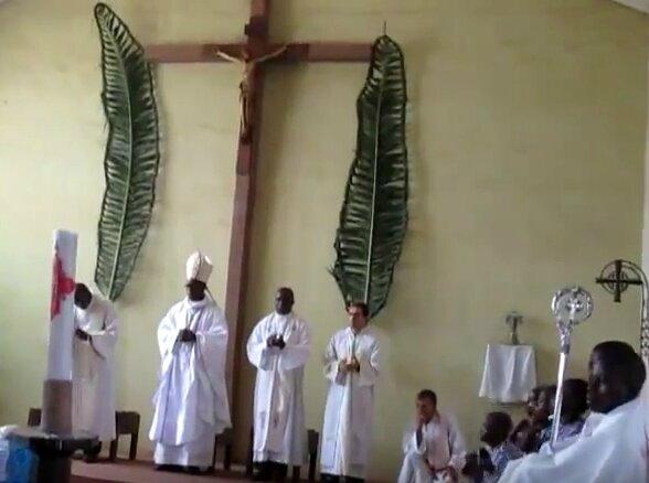 Première visite Mgr Lubamba à Mingana