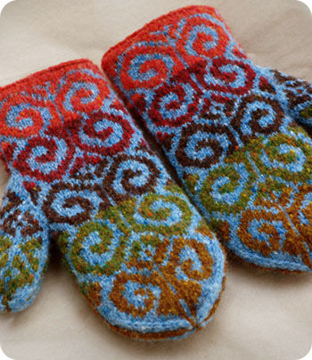 Knit Pattern Heart Mittens : Lost Mittens.... - facilececile