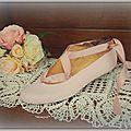 embauchoirs blanc et chausson danse 016