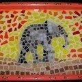plateau mosaique éléphant