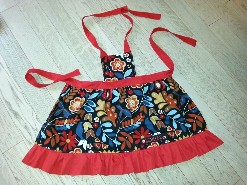 tablier fille couture