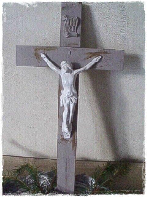 Crucifix ...