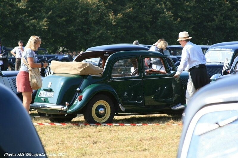 Photos JMP © Koufra12 - Traction avant 80 ans - 00164