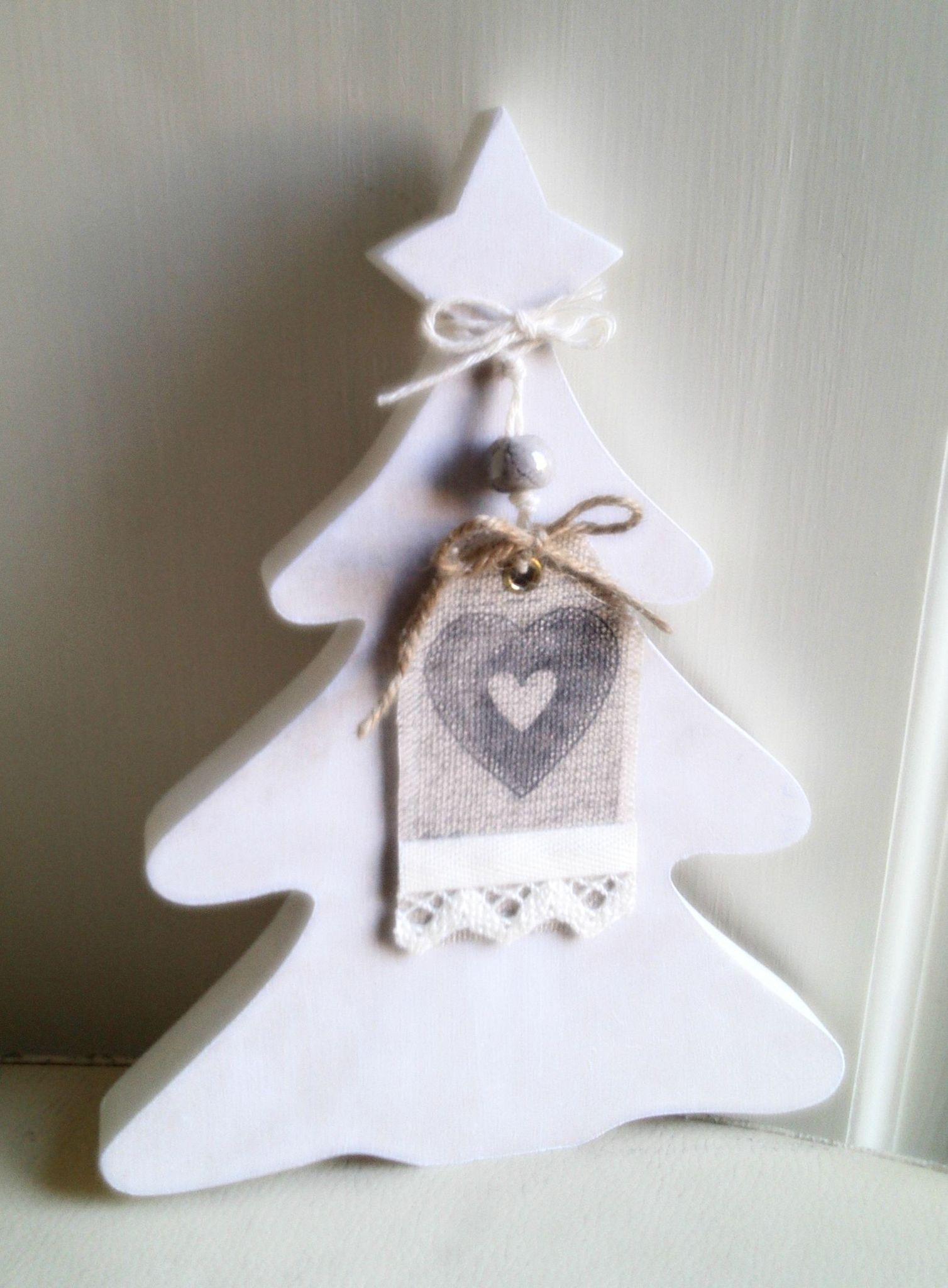 Decoration De Noel Fait A La Scie A Chantourne