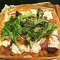 Pizza butternut, ail, tomates séchées, oignon rouge confit et mozzarella