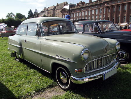 OPEL Olympia Rekord berline 2 portes 1956 Rohan Locomotion de Saverne 2010 1