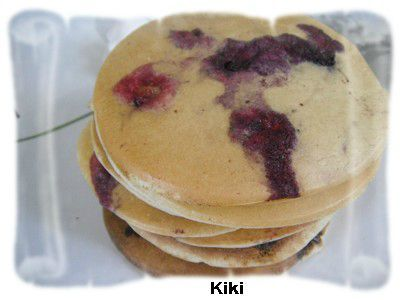 pancakes aux myrtilles les gourmandises de kiki. Black Bedroom Furniture Sets. Home Design Ideas