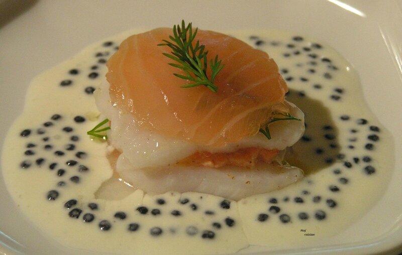 mise en bouche - millefeuille saint jacques et saumon au caviar de hareng fumé (2) - Copie