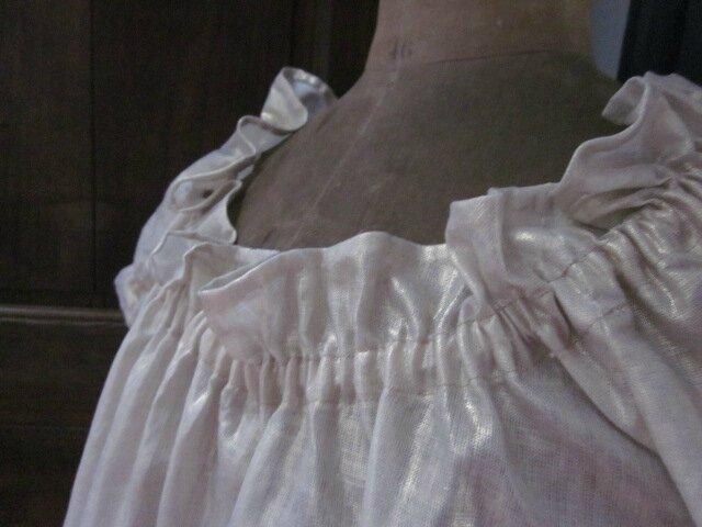 Robe ALBANE en lin or (9)