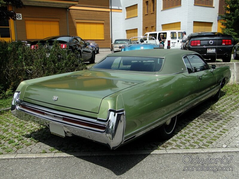 chrysler-new-yorker-coupe-1972-02