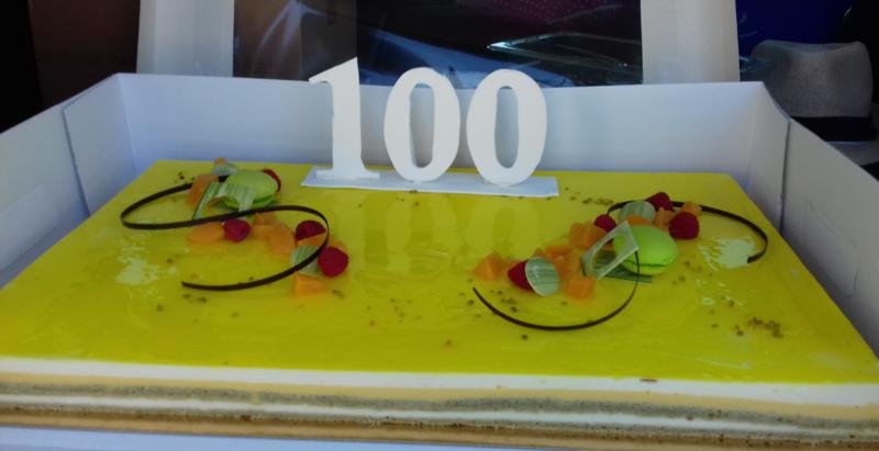 100 gateau