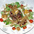 Salade de mâche au gésier, fromage de chèvre pané et noix caramélisée