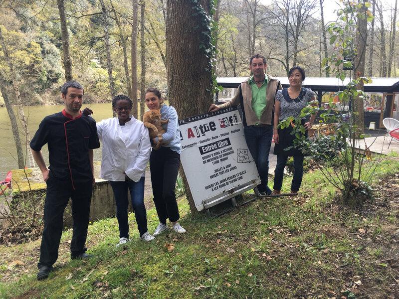 vendredi 5 avril 2019 : ré- ouverture de l'Autre café, le restaurant bar brocante du lac de la Roche-qui-Boit (50)