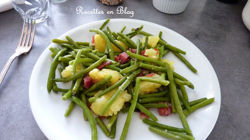 salade de haricots verts au bacon et pommes de terre recettes en blog. Black Bedroom Furniture Sets. Home Design Ideas