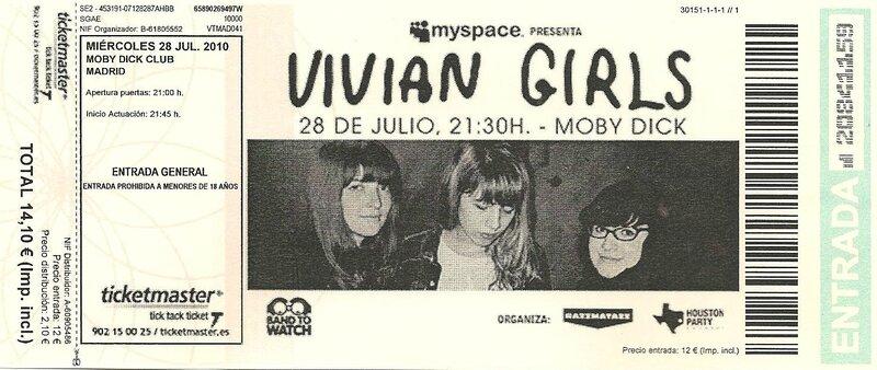 2010 07 Vivian Girls Moby Dick Club Billet