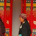 Tibetaines aux moulins a priere