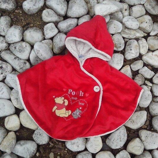 *Winnie chaperon rouge, 3 mois