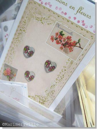 pochette petits coeurs fleuris