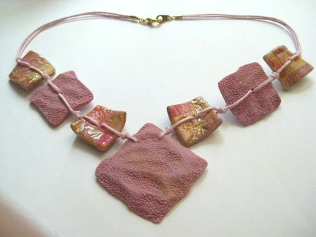 Collier_Corail_rose