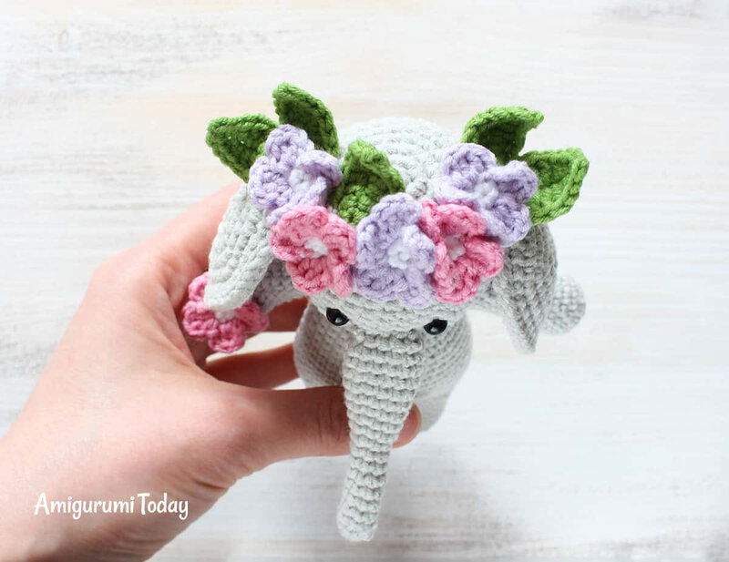Cuddle-Me-Elephant-Amigurumi-Pattern-flower-band