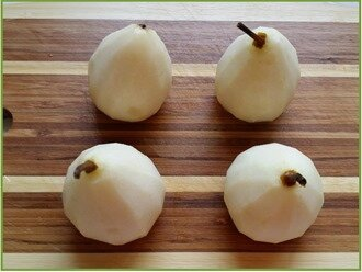 cocotte de poire, crème d'amandes et pistaches4