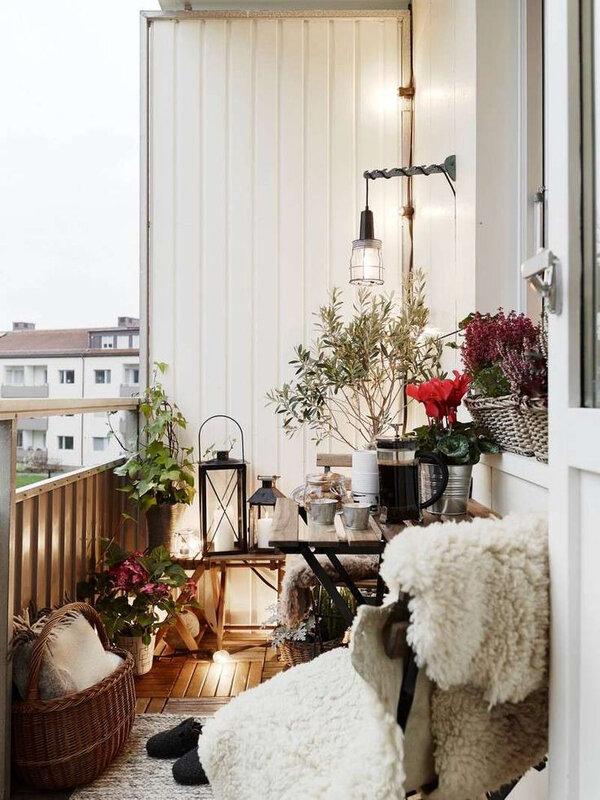 3d6bb1ebb57b5393050583d9aad4e133--winter-balcony-winter-garden