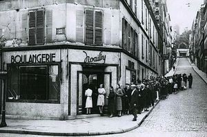 Queue-chez-le-boulanger