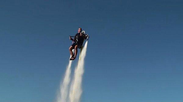 jetpack-homme-fusé (1)