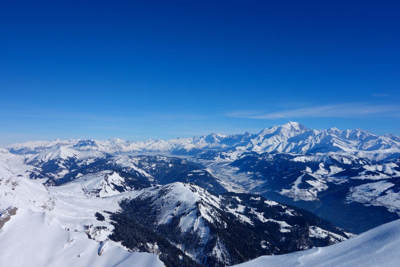une vu sympa sur le massif