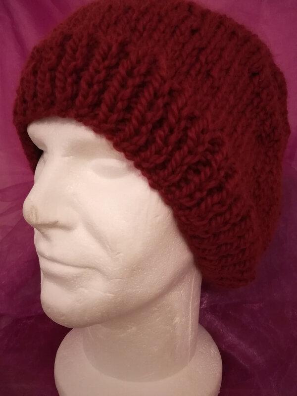 Bonnet rouge bordeaux (1)