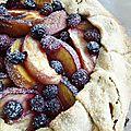 ...tarte rustique aux fruits de saison... (cathytutu, défi cuisine des 2b)